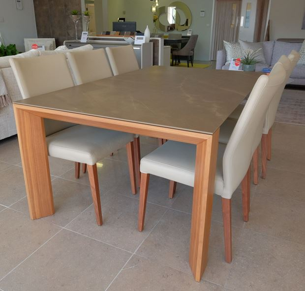 Picture of HULSTA CERAMIC TOP TABLE & 6 CHAIRS